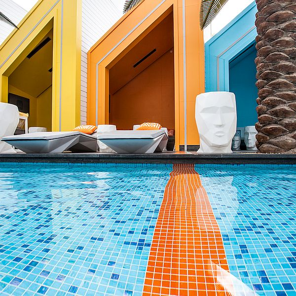 Pros & Cons of a tiled pool 35