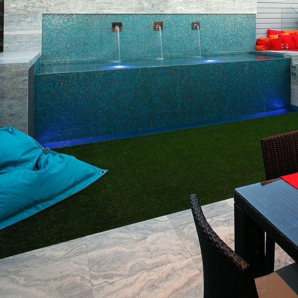 Luxury swimming pool glas mosaics perth www.ctsupplies.com.au 13