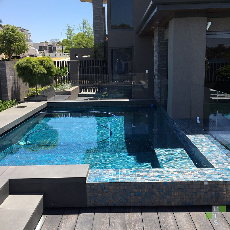 Why having the right tile for your swimming pool matters 1