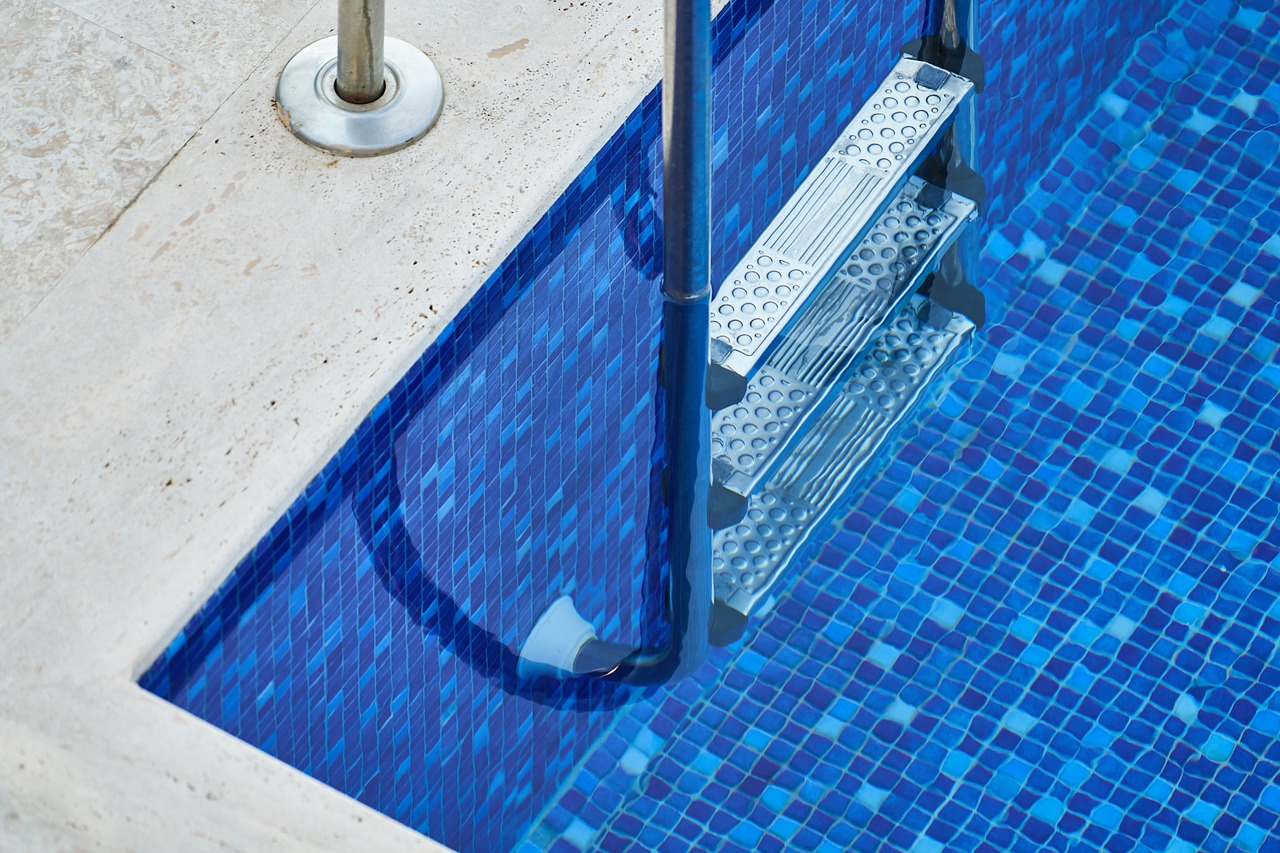 Why having the right tile for your swimming pool matters